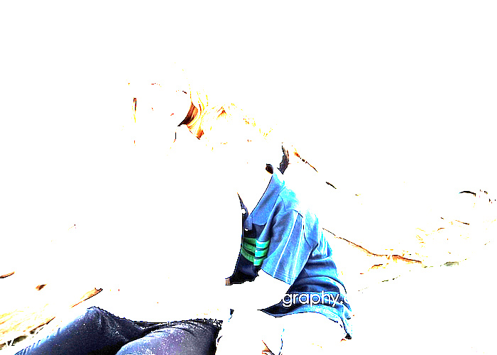 mother_son_beach_1.jpg