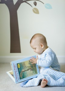 baby_reading_portrait_photography